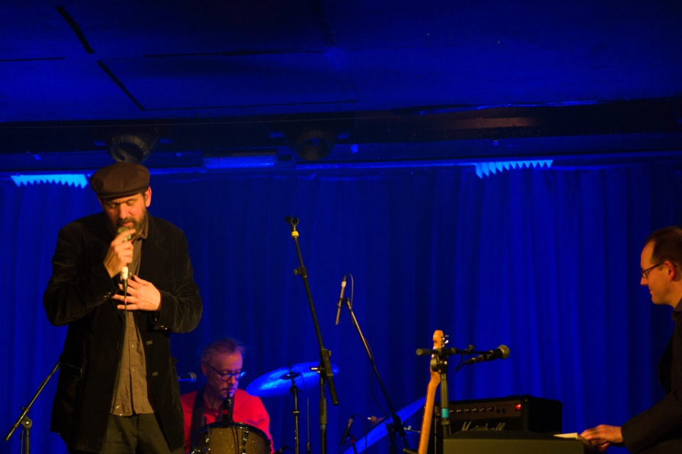 mark eitzel with band