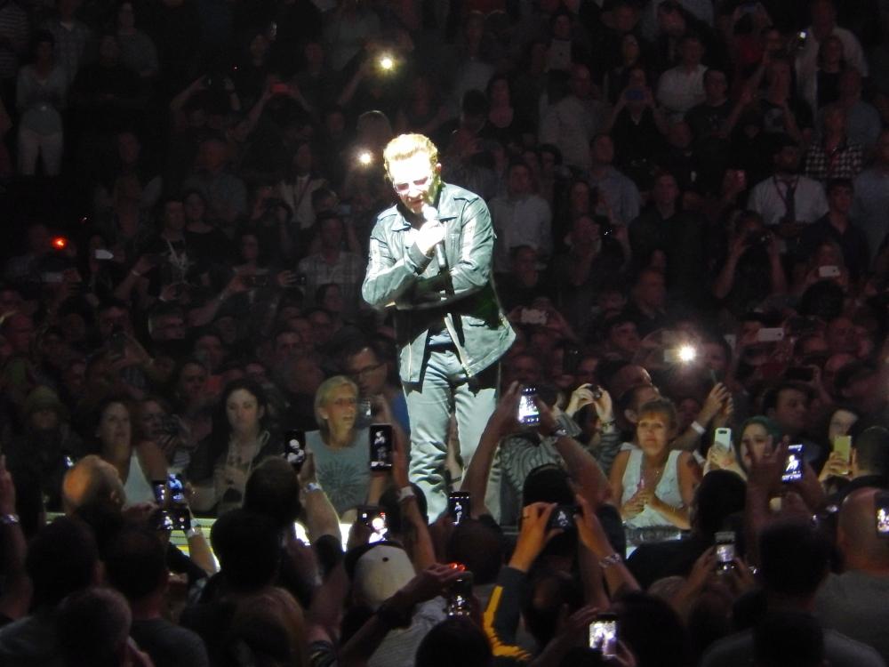 Bono in control in Chicago