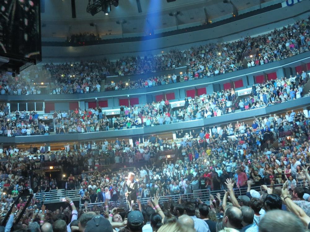 Bono's seventh chakra beacon