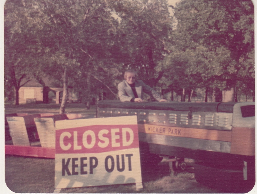 terry sign says closed keep out